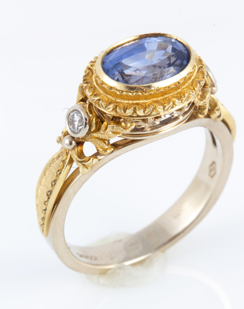 Hand Engraved Ceylon Blue Sapphire and Diamond Ring Set in 18 Karat Gold