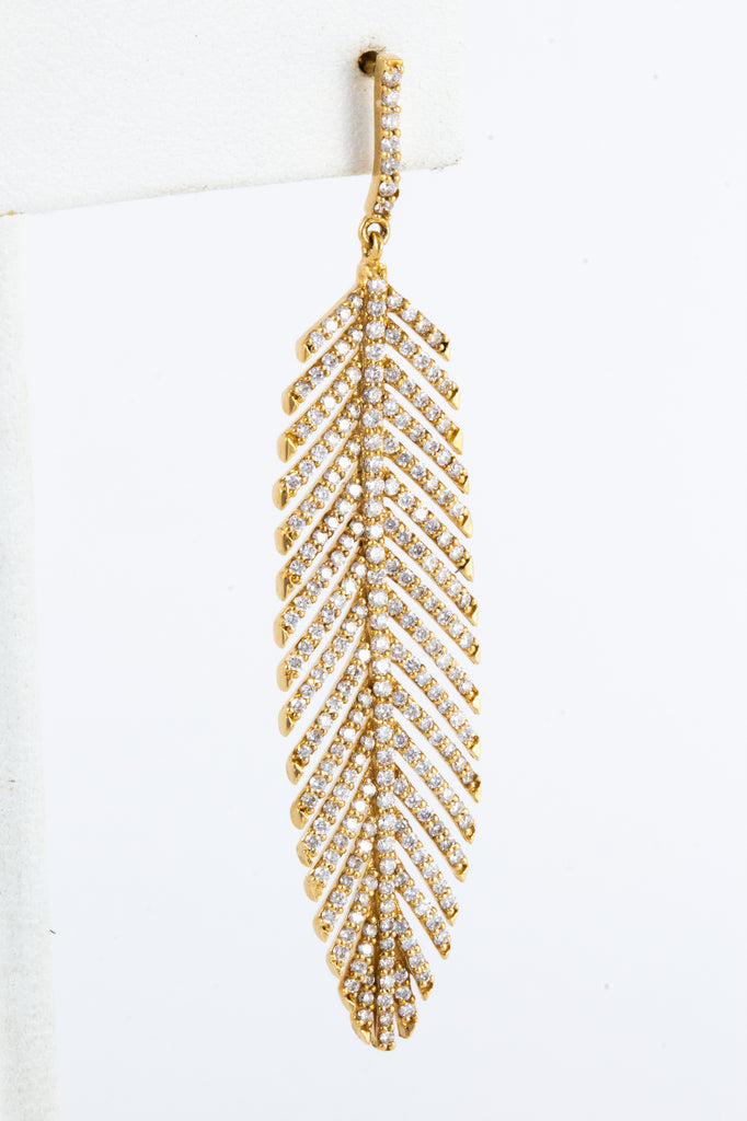 Handcrafted 18K Gold Feather Earrings with 3 Carats of Diamonds