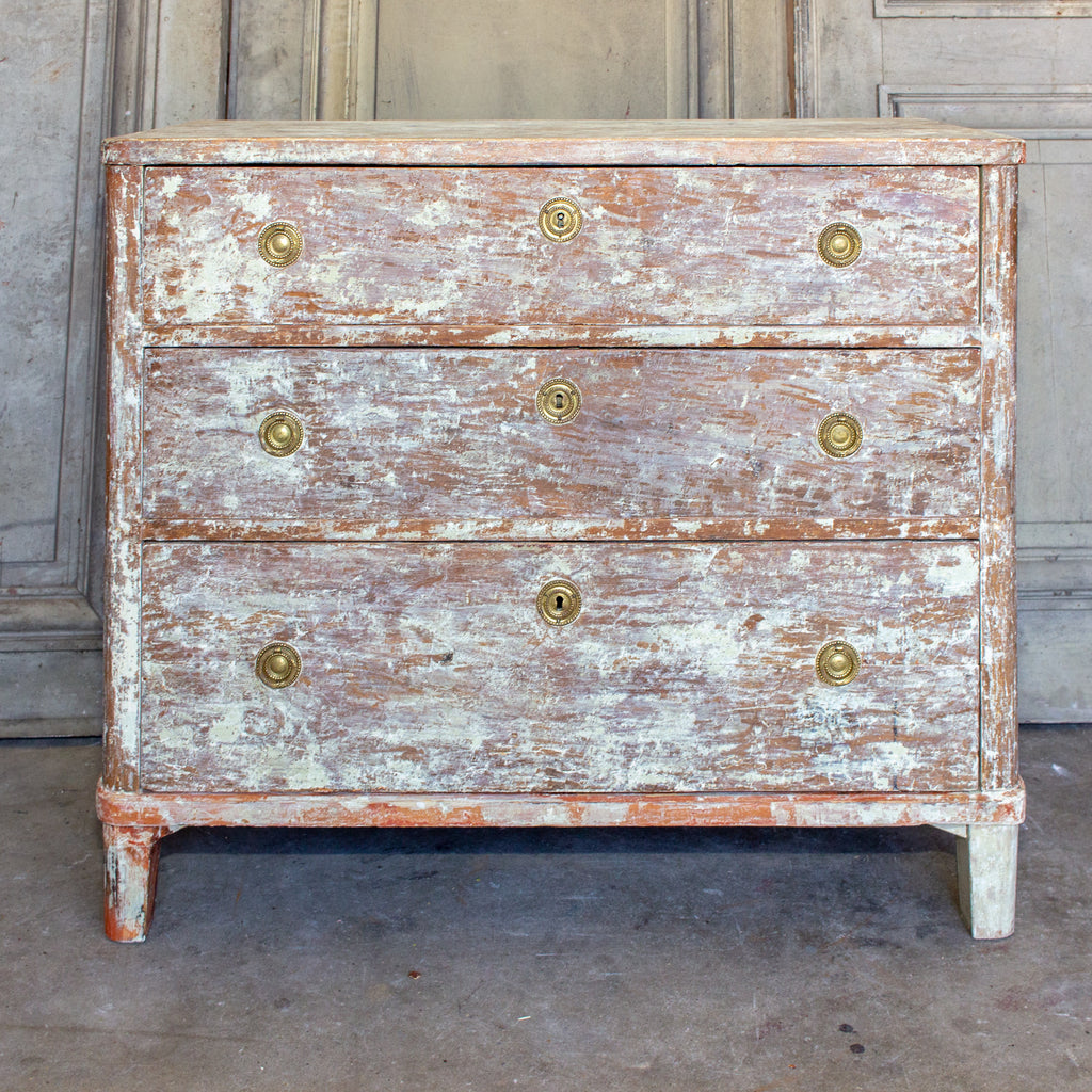 Early 18th Century Gustavian Chest of Drawers with Chalked Finish