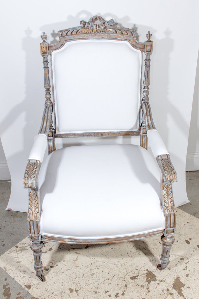 19th Century French Louis XVI Fauteuil Armchair Covered in Cotton Muslin