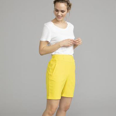 Jillian Sofie Bermuda · Cyber Yellow