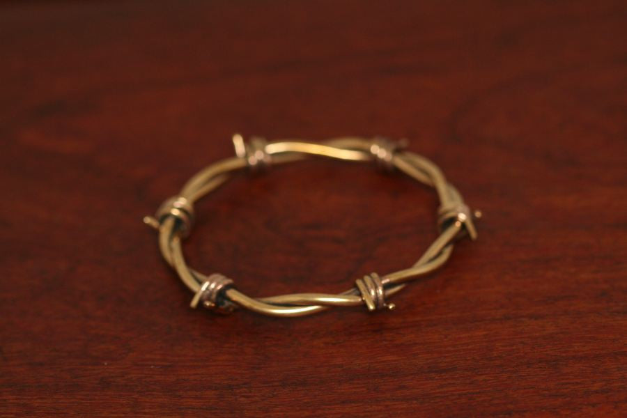 Barbed Bangle in Brass - Large