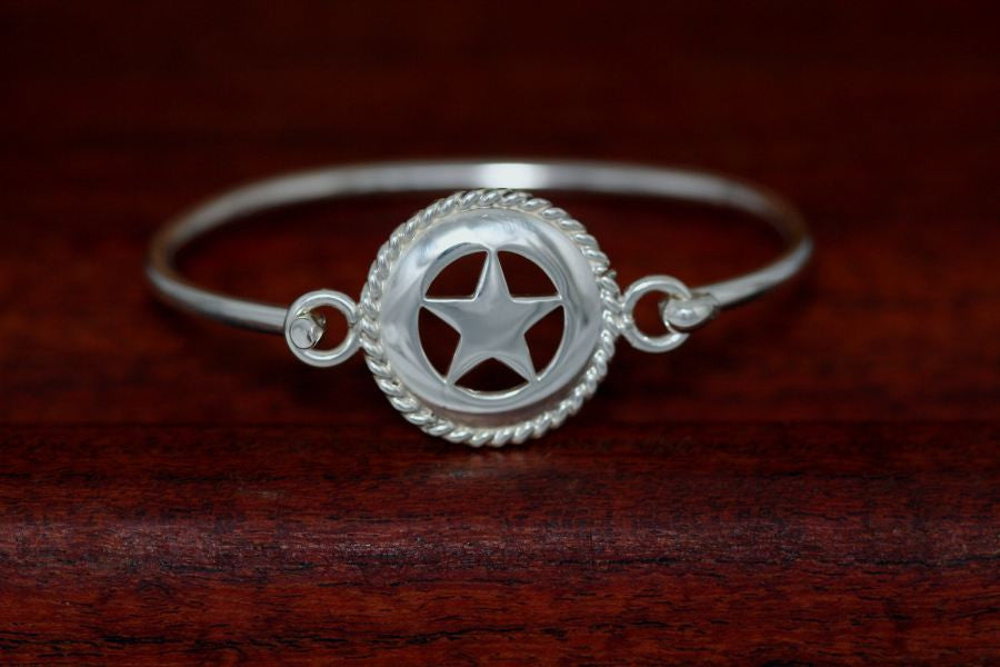 Medium Star with Rope Trim Bangle Bracelet