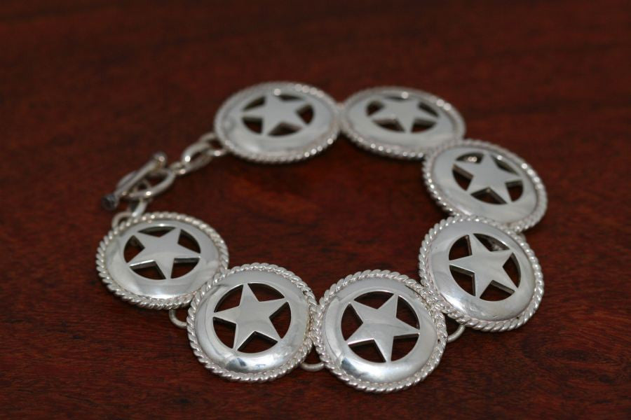 Medium Star with Rope Continuous Bracelet
