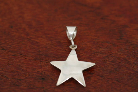 Medium Shooting Star Pendant in Sterling