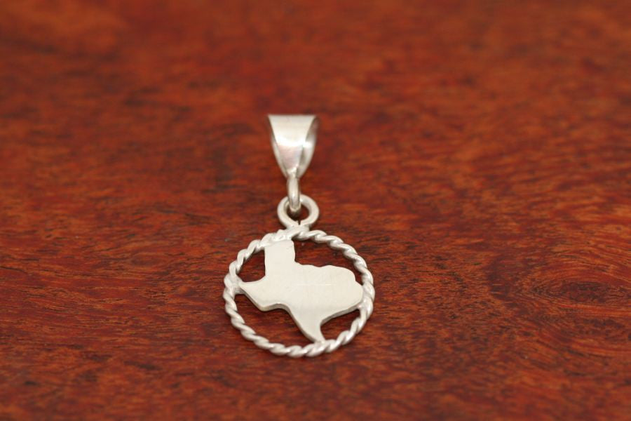 Texas Map Pendant with a Rope Trim in Sterling-Small