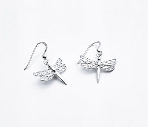 Sterling drop earring of dragonfly with 4 wings with cutout details and straight tail.