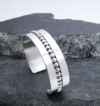 Load image into Gallery viewer, Sterling Silver Contemporary Navajo Cuff