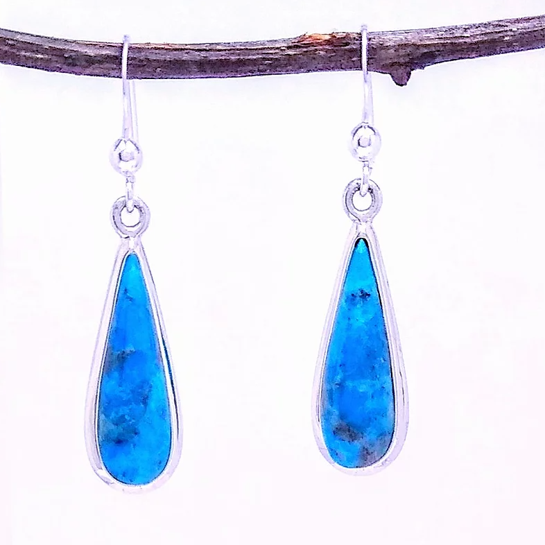 sterling silver teardrop earring with turquoise
