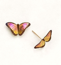 Load image into Gallery viewer, Vibrant orange-pink realistic butterfly on a gold post