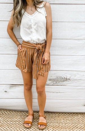 FINLEY - STRIPED SHORTS
