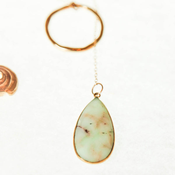 Gold Chrysoprase Teardrop Pendant Lariat Necklace