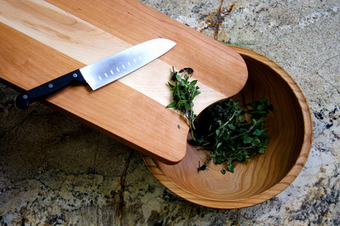 Mixed Wood Cutting Board with Integrated Bowl Scoop