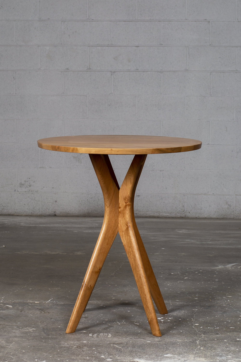 Round Counter height pub table- Strata