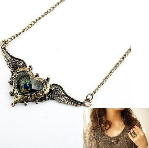 Wing & Heart Necklace - KLH Collection