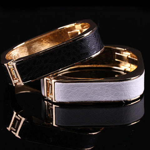 18K Gold Plated Square Bracelet - KLH Collection