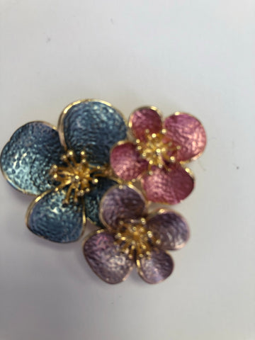 Multi coloured floral magnetic brooch