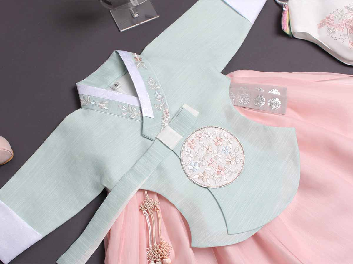 An up close look at the baby girl hanbok in azure and blush and you can see the detail and quality very well.