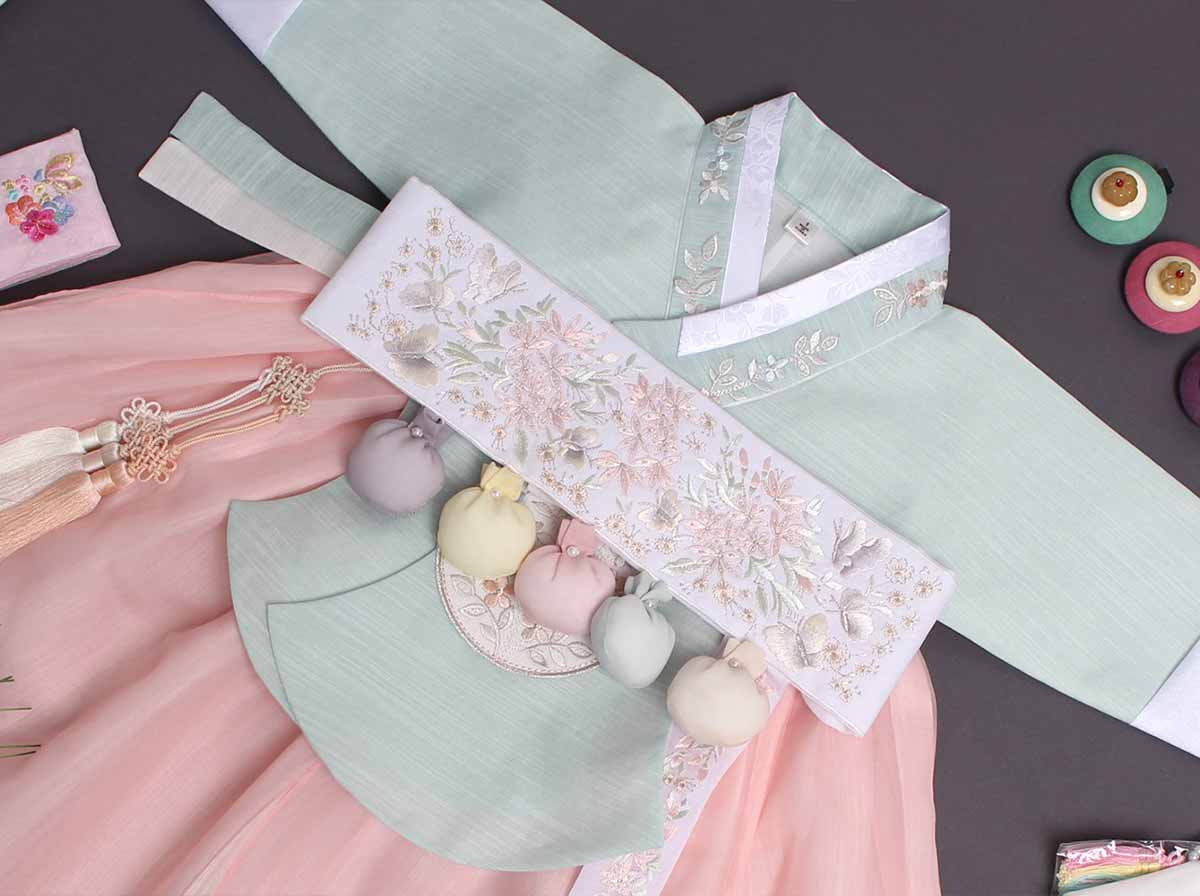If you need a hanbok for Doljanchi, check out this baby girl hanbok in light blue and salmon, which comes with the Dol belt.