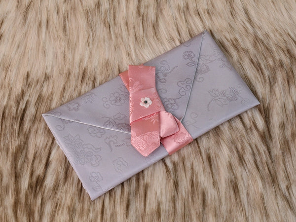 Gray silk bojagi Korean money envelope that's high quality and sure to make a good impression to the recipient of this gift.