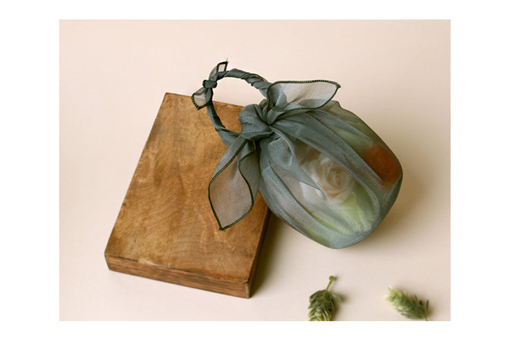 You can also use the Korean fabric wrap in sage to display potpourri or other household items.