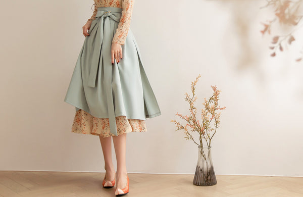A golden flower modern hanbok dress is just one of many we offer here at Joteta.