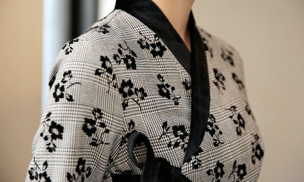 Modern hanbok dresses for sale on Joteta comes in a variety of colors and designs, such as this silver and charcoal flowered style.