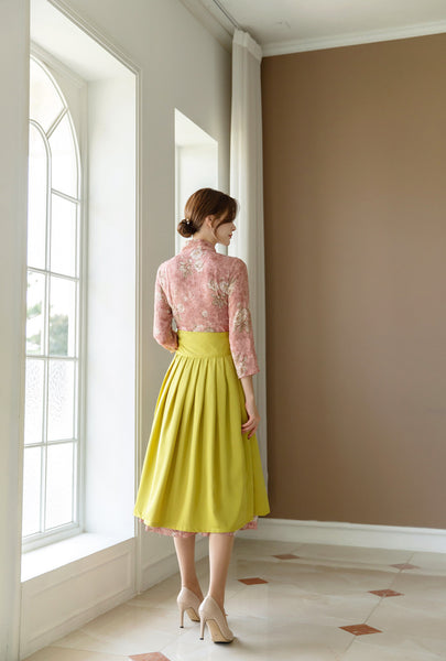 Look as beautiful as a blossoming flower while wearing this rosy flower modern hanbok dress.