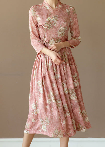 This roseate flower modern hanbok dress is striking and stunning for spring and summer!