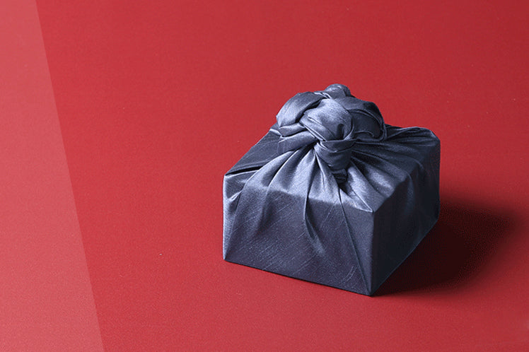 This single sided Bojagi wrapping is in the cobalt color and matches quite well with any Korean holiday if you need a reusable gift wrap.
