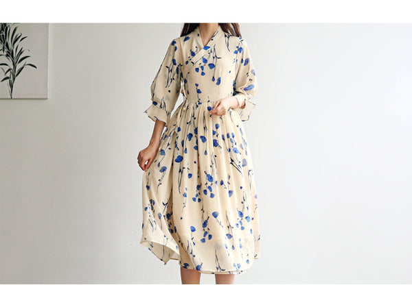 The cream and azure modern hanbok dress is playful and stylish for everyday wear or for special Korean traditions, such as a wedding.