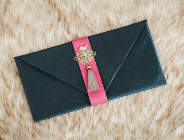 Tassel & Ornament Korean Money envelope used for weddings and other Korean celebrations like Lunar New Years, Parent's Birthday, and First Meeting between Parents of couples