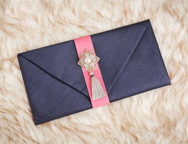 Tassel & Ornament Korean Wedding Money Envelope in Navy. This is a popular choice for many because of the neutrality of the color. Many children purchase this for their parent's birthday especially if they are Korean.