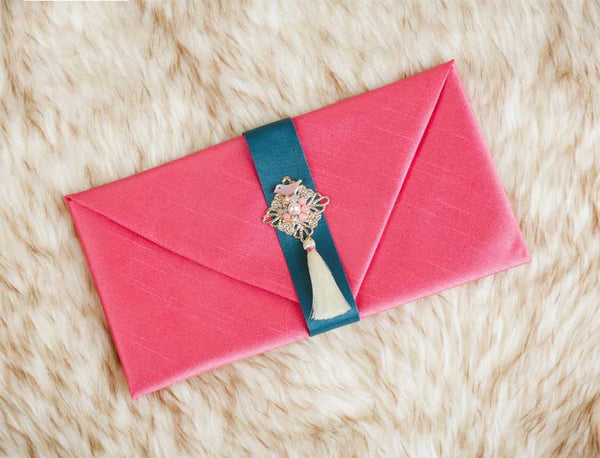 Tassel & Ornament Korean Wedding Money Envelope in Candy Pink which is often used by Korean mothers and daughters alike to provide each other with a pleasant gift for a special day.
