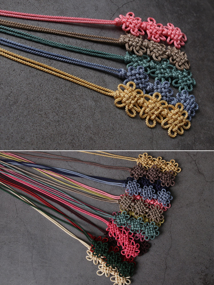An up close look at the intricate knots in the norigae.