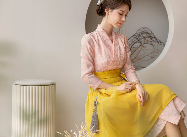 You'll look as beautiful as a blooming flower in this rosette flower modern hanbok dress.