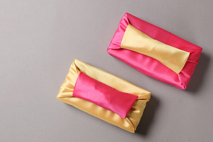 This rose and lemony double sided Bojagi art is perfect for a baby girl Doljanchi. It's high-quality luxury gift wrapping that will look majestic.