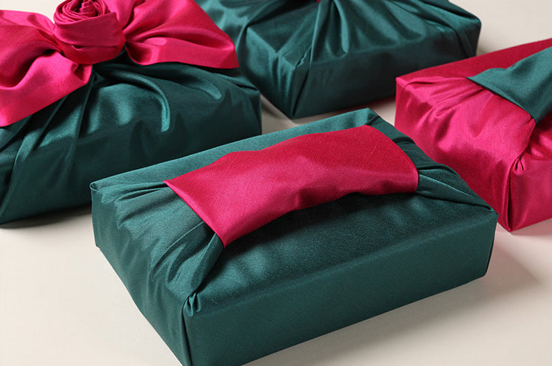 Emerald green and fuchsia combine to make this Bojagi gift wrap perfect for both boys and girls.