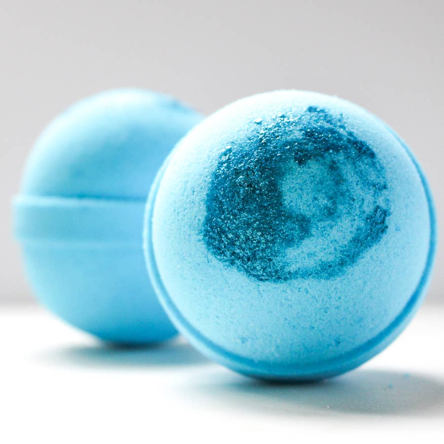 Oakmoss + Sandalwood Bath Bomb