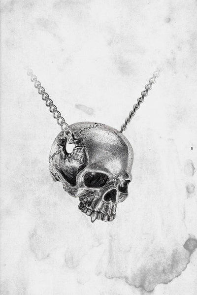 spooky skull necklace horror goth