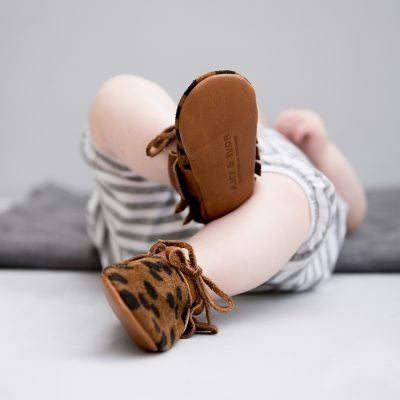 Amy \u0026 Ivor Leather Moccasins in Cheetah