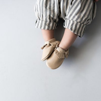 Amy & Ivor Leather Moccasins in Putty