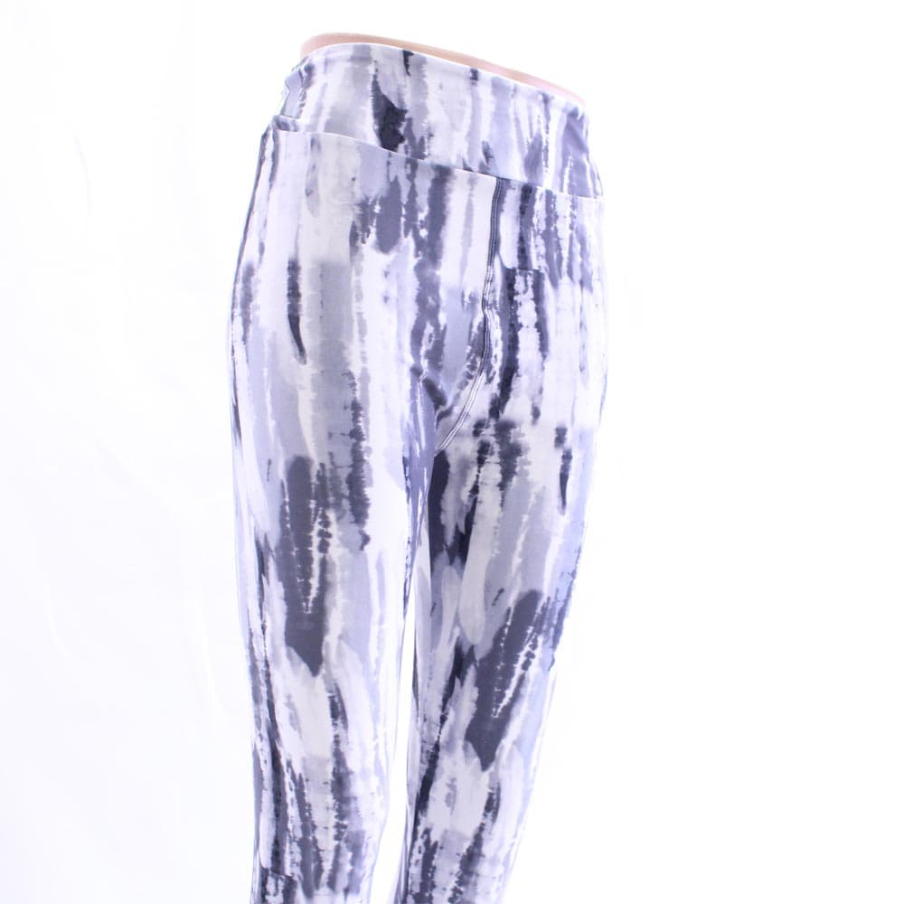 Display picture of gray haze pattern leggings sold by Jolina Boutique