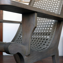 Load image into Gallery viewer, Butaka Chair