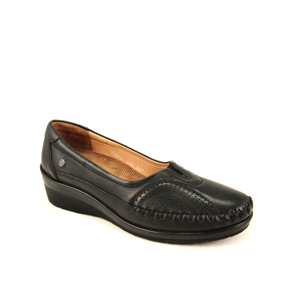 Women's Black Leather Shoes