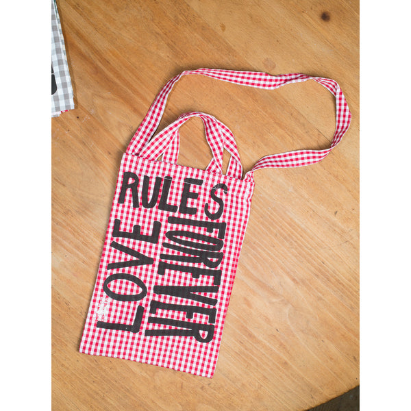'Love Rules Forever Carry All' kids bag red/black