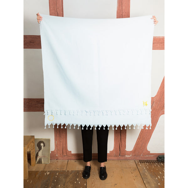 'Bath towel' light blue