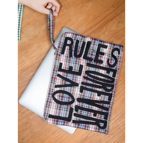 'Laptop' pouch multicolour check