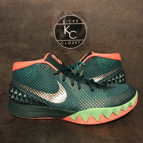 "NIKE KYRIE 1 ""GREEN/ORANGE"" SIZE 8.5 VNDS"