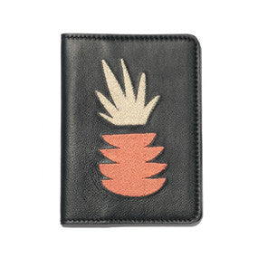 Passport Case In Pina